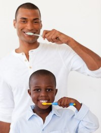 fathersonbrushingteeth