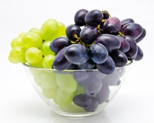 grapes-may-fight-high-blood-pressures